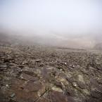 En el sitio de Chacaltaya, estas rocas son lo único que se ve hoy en día donde antes hubo una pista de nieve.
